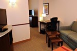 Отель Fairfield Inn & Suites by Marriott Slippery Rock