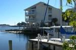 Апартаменты Cedar Cove Beach and Yacht Club