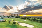 Отель Four Seasons Resort and Club Dallas at Las Colinas