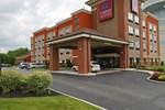 Отель Comfort Suites East Broad at 270