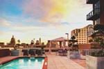 Отель Hampton Inn and Suites Austin University Capitol