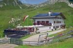 Отель AVS Meranerhütte