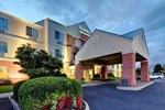 Отель Fairfield Inn and Suites by Marriott Potomac Mills Woodbridge