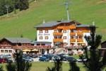 Отель Albergo Bucaneve