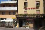 Отель Albergo Leon Bianco