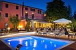 Отель Hotel La Palomba