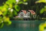 Отель Hotel Seehaus - Mountain Lake Resort