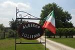 Отель Albergo Julienne
