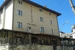 Отель Albergo Due Monti