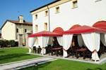 Отель Albergo Antica Corte Marchesini