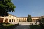 Отель Agriturismo Corte Carezzabella