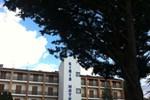 Отель Hotel Kiris