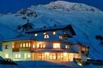 Отель Hotel Alpenjuwel