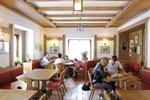 Отель Wellness Hotel Cervo
