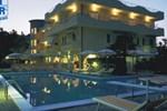 Отель Hotel Rivadoro