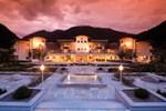 Отель Alpenpalace Deluxe Hotel & Spa Resort
