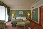 Отель Royal Hotel Carlton