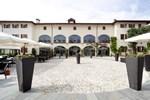 Отель Hotel Cascina Canova