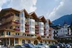 Отель Hotel Tressane