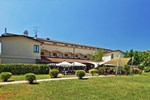 Отель Albergo Della Roccia
