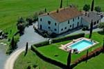 Отель Holiday Home Granaio Pienza