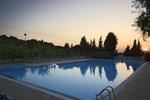 Отель Villaggio Turistico Camping Il Fontino