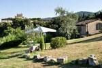 Отель Holiday Home Fienile Lecceta S. Donato In Collina