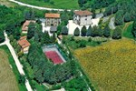 Апартаменты Holiday Home Dependance I San Presto - Assisi