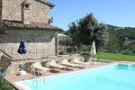 Апартаменты Holiday Home Antico Casale Gualdo Cattaneo