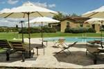 Отель Holiday Home Romantica Quercia Asciano Siena