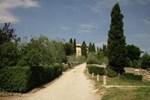 Отель Holiday Home Piccionaia S. Donato In Collina