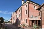 Отель Holiday Home Bordeghina Barchessa Pontecchio Polesine