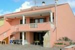 Отель Holiday Home Rosa Dei Venti Tre Uri