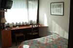 Отель Hotel Restaurant des Lacs