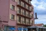 Отель Hôtel Le Marenda
