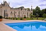 Апартаменты Gîtes du Château de Brillac