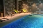 Отель Qualys-Hotel Vannes