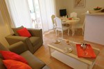Апартаменты Holiday Home Les Bastides Des Chaumettes III