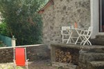 Апартаменты Holiday Home Au Petit Hameau Ferrals Les Montagnes