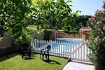 Отель Holiday Home Mandarine Les Taillades