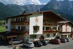 Гостевой дом Hotel Garni Tirol