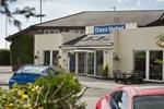 Отель Days Hotel Chester North