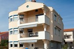 Апартаменты Apartments Petani