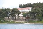 Отель Hotel Milna