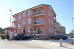 Apartments Romana