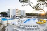 Отель Hotel Adria