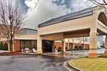Отель Holiday Inn Gainesville-Lanier Centre