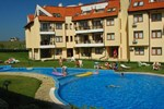 Апартаменты Oasis Beach Resort Kamchia