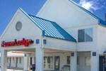 Отель Econo Lodge Mechanicsburg