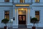 Отель Hotel am Schloss Aurich